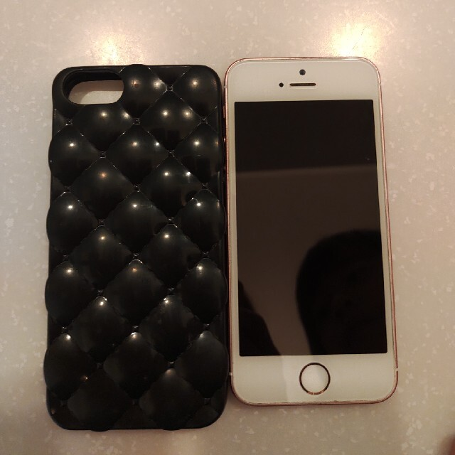 Apple(アップル)のiphone SE 第SIMフリー第一世代 本体 スマホ/家電/カメラのスマートフォン/携帯電話(スマートフォン本体)の商品写真
