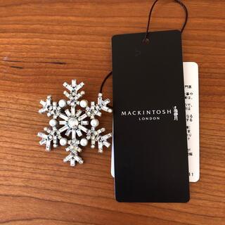 MACKINTOSH - マッキントッシュロンドン 雪の結晶ブローチ