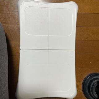 ウィー(Wii)のwiifit ウィーフィット(家庭用ゲーム機本体)