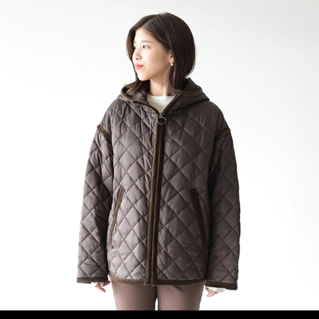 Shinzone(シンゾーン)のShinzone シンゾーン  フーディ キルティング コート【タグ付き未使用】 レディースのジャケット/アウター(ナイロンジャケット)の商品写真