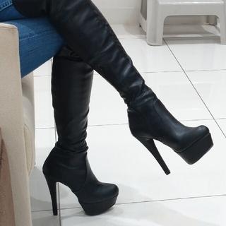 アールアンドイー(R&E)のR&E 合皮 ハイヒール美脚 ピンヒール ニーハイブーツ 22.5cm(ブーツ)