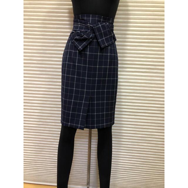 JUSGLITTY(ジャスグリッティー)のジャスグリッティー美良品 ハイウエストタイトスカート 2点以上まとめ買い値下げ! レディースのスカート(ひざ丈スカート)の商品写真