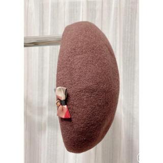 バーバリーブルーレーベル(BURBERRY BLUE LABEL)のブルーレーベルクレストブリッジ ウールリボン ベレー帽 ブラウン(ハンチング/ベレー帽)