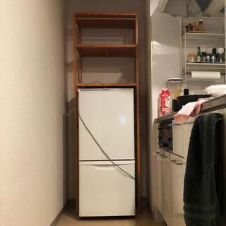 ニトリ(ニトリ)のニトリの冷蔵庫上ラック(3ヶ月使用のみ)(キッチン収納)
