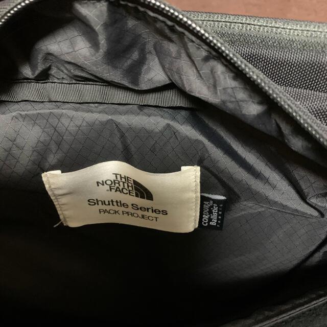 THE NORTH FACE(ザノースフェイス)のザ・ノースフェイス/THE NORTH FACE シャトルデイパック スリム メンズのバッグ(バッグパック/リュック)の商品写真