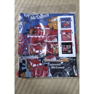 ディズニー(Disney)の☆カーズ   コップ袋・巾着☆   新品未使用(ランチボックス巾着)