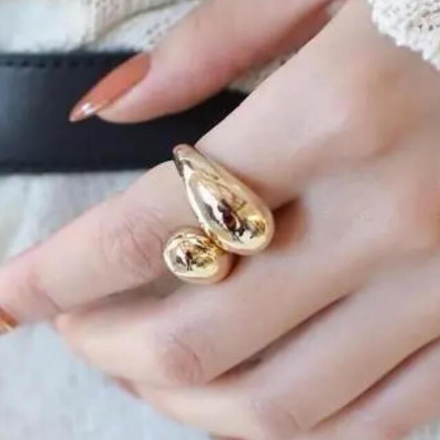 Ameri VINTAGE(アメリヴィンテージ)のゴールド   リング レディースのアクセサリー(リング(指輪))の商品写真