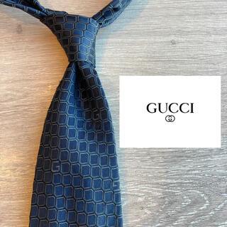 Gucci - 【美品】GUCCI イタリア製最高級シルク100%ネクタイ ブラック 総柄
