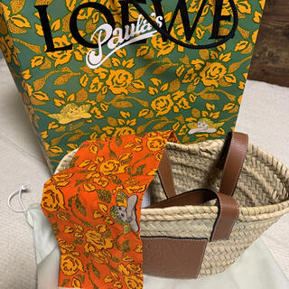 ロエベ(LOEWE)のロエベカゴバッグ、限定スカーフセット♡新品未使用(かごバッグ/ストローバッグ)