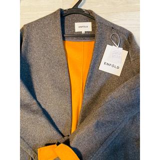 エンフォルド(ENFOLD)の袖オレンジ チャコールグレー サイズ38 ウールリバーノーカラーコート(ノーカラージャケット)