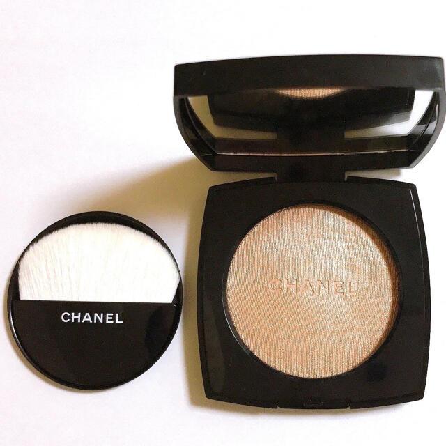 CHANEL(シャネル)のCHANEL プードゥル ルミエール 10 アイヴォリー ゴールド コスメ/美容のベースメイク/化粧品(フェイスカラー)の商品写真