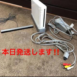 ウィー(Wii)の【動作確認済‼️】任天堂wii wii本体(白)今すぐ遊べるセット(家庭用ゲーム機本体)