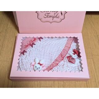 シャーリーテンプル(Shirley Temple)のShirley Temple 女の子出産祝いセット エプロン・ブルマ・ラトル(ベビースタイ/よだれかけ)