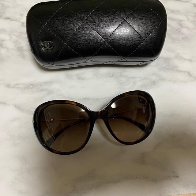 CHANEL(シャネル)のシャネルサングラス新品同様 レディースのファッション小物(サングラス/メガネ)の商品写真