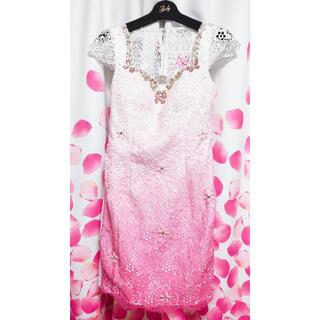 エミリアウィズ(EmiriaWiz)のエミリアウィズ  ビジュー キラキラ✨ ミニドレス Sサイズ 可愛い 美品(ミニドレス)