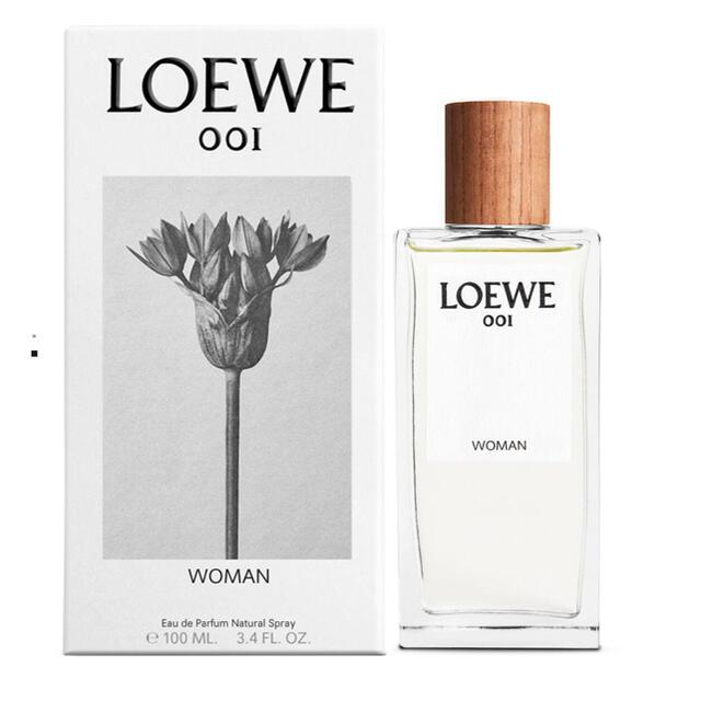 LOEWE(ロエベ)のloewe   ロエベ  オードパルファム 001 woman 香水 100ml コスメ/美容の香水(香水(女性用))の商品写真
