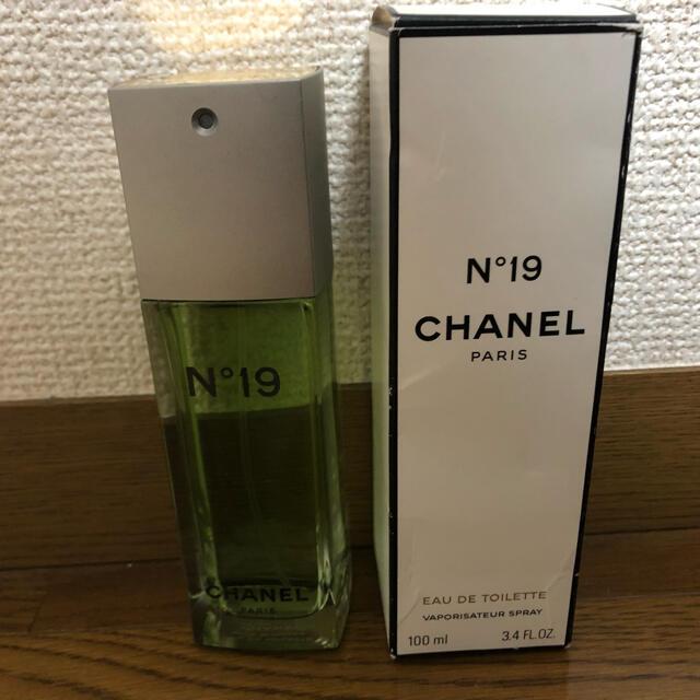 CHANEL(シャネル)のCHANEL 香水 N°19 コスメ/美容の香水(香水(女性用))の商品写真