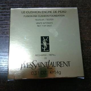 イヴサンローランボーテ(Yves Saint Laurent Beaute)のミー様専用新品YSLアンクルドポールクッションファンデN25イヴサンローラン(ファンデーション)