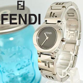 FENDI - 99 フェンディ時計 極美品 レディース腕時計 新品電池 人気 ブレスレット
