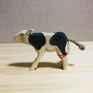 BorneLund - 【新品】オストハイマー / 仔牛(白黒) 飲んでいる
