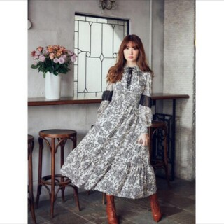 FRAY I.D - herlipto Winter Floral Long-sleeve Dress