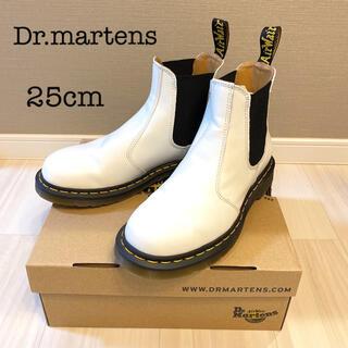 Dr.Martens - 【新品未使用】ドクターマーチン 2976YS チェルシー ブーツ ホワイト 25