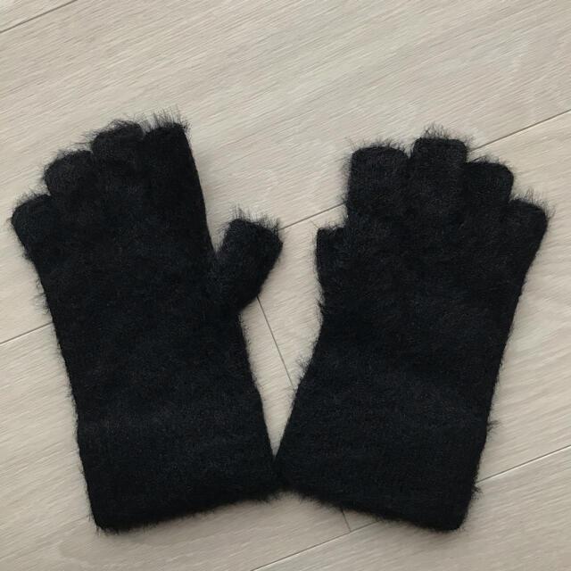 BEAUTY&YOUTH UNITED ARROWS(ビューティアンドユースユナイテッドアローズ)の【美品】BY フェイクファー ニット フィンガーレス グローブ レディースのファッション小物(手袋)の商品写真