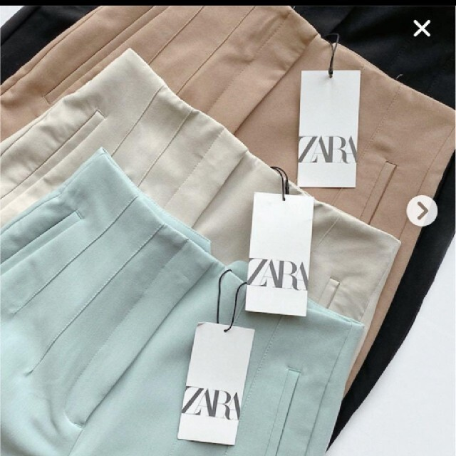 ZARA(ザラ)のタグ付き ZARA  ハイウエストパンツ  レディースのパンツ(カジュアルパンツ)の商品写真