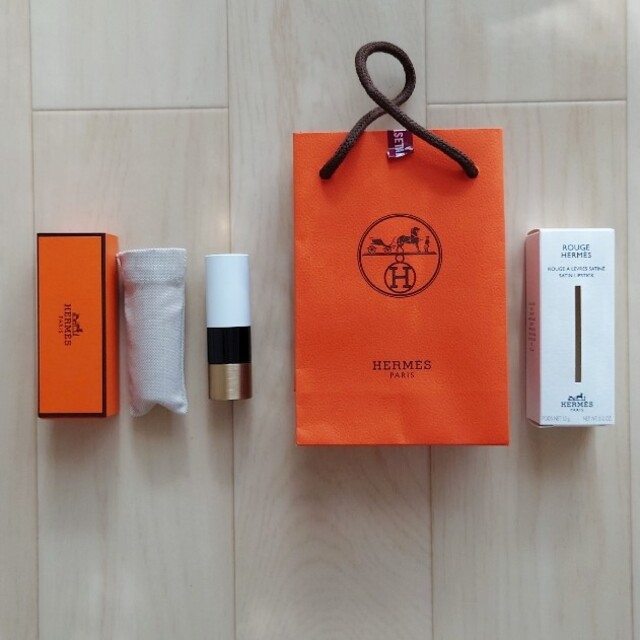 Hermes(エルメス)の【新品】ルージュ エルメス18 コスメ/美容のベースメイク/化粧品(口紅)の商品写真