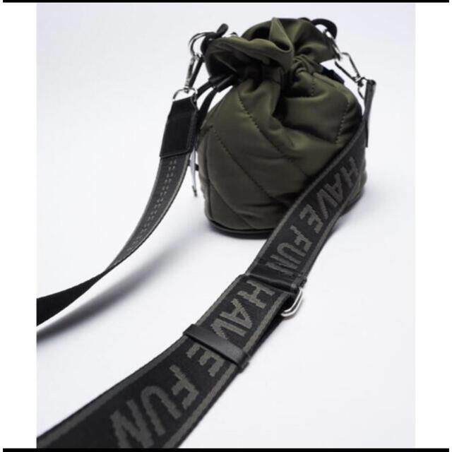 ZARA(ザラ)のねねママ様専用出品  ZARA 今季 斜めがけキルティングショルダーバッグ レディースのバッグ(ショルダーバッグ)の商品写真