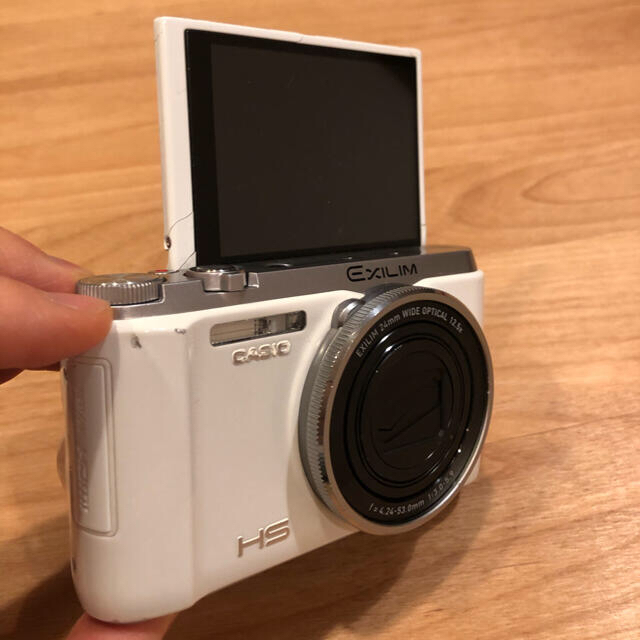 CASIO(カシオ)の中古 CASIO EX-ZR1000 スマホ/家電/カメラのカメラ(コンパクトデジタルカメラ)の商品写真