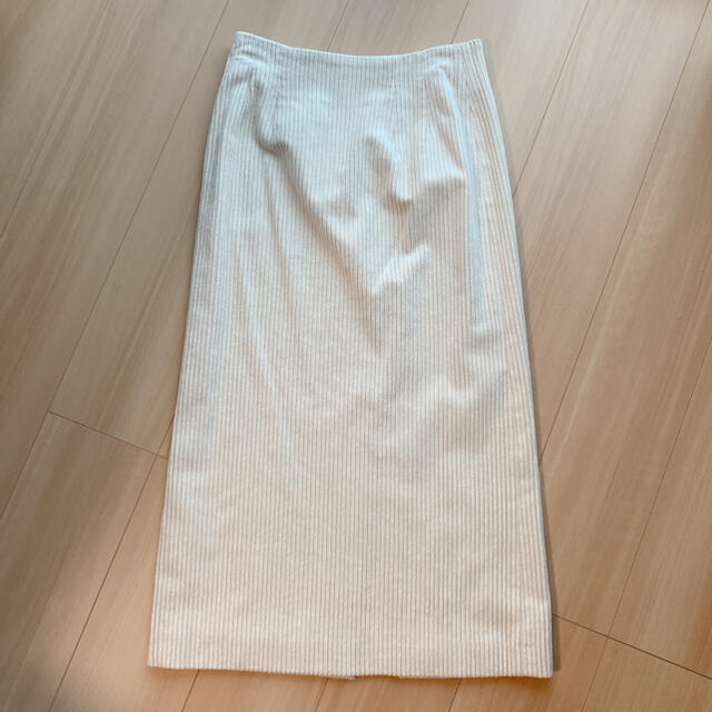 TOMORROWLAND(トゥモローランド)の専用*レーヨンコットンコーデュロイIラインタイトスカート 34 レディースのスカート(ロングスカート)の商品写真