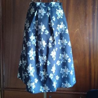 エージーバイアクアガール(AG by aquagirl)の花柄刺繍スカート(ひざ丈スカート)