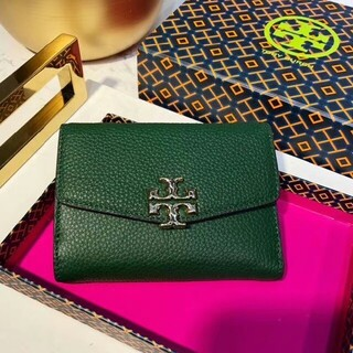 Tory Burch - TORY トリーバーチ ブラック 緑 折財布
