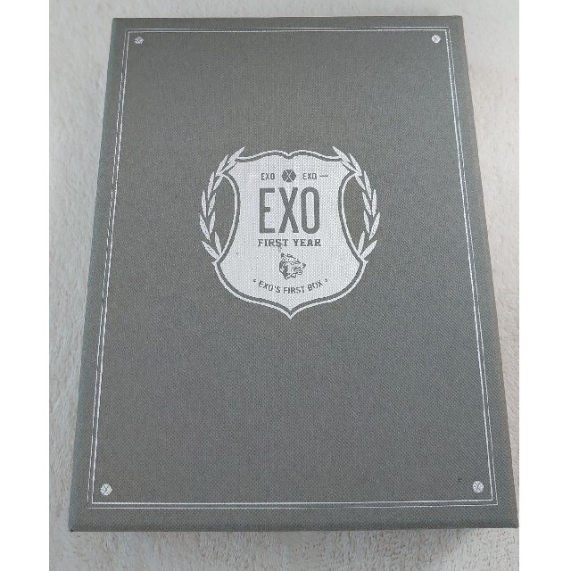 EXO(エクソ)のEXO'S  FIRST BOX DVD4枚組 エンタメ/ホビーのDVD/ブルーレイ(ミュージック)の商品写真