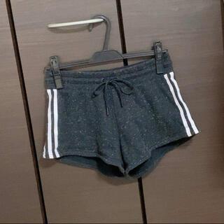 アディダス(adidas)のアディダス パンツ(ショートパンツ)