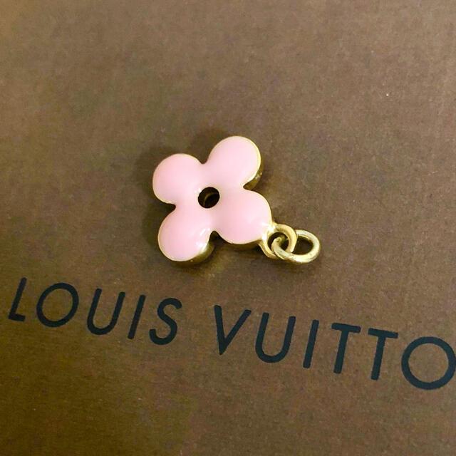 LOUIS VUITTON(ルイヴィトン)の正規品 ヴィトン ペンダント ゴールド モノグラム フラワー 花 ネックレス 金 レディースのアクセサリー(ネックレス)の商品写真