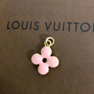 ルイヴィトン(LOUIS VUITTON)の正規品 ヴィトン ペンダント ゴールド モノグラム フラワー 花 ネックレス 金(ネックレス)