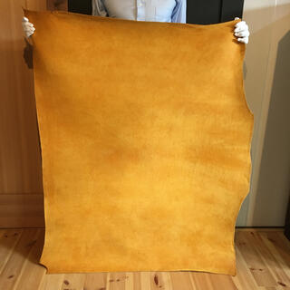 この革の質感は他に存在しない!イタリアンレザー プエブロ A4サイズ 厚さ2ミリ(生地/糸)