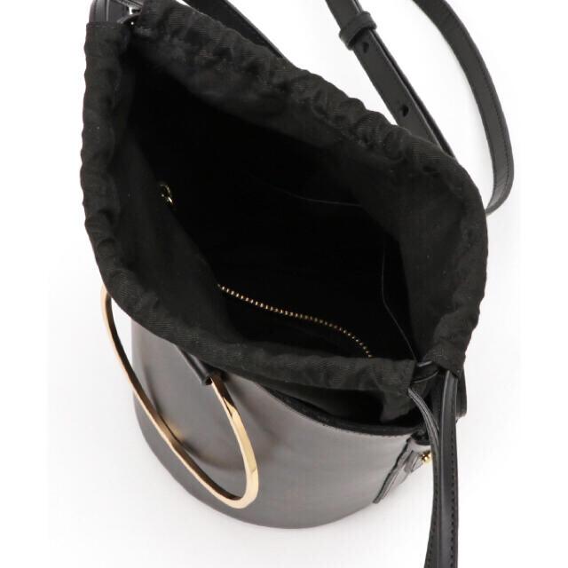 IENA(イエナ)の【VIOLA d'ORO (ヴィオラドーロ) リング筒型ショルダーバッグ レディースのバッグ(ショルダーバッグ)の商品写真