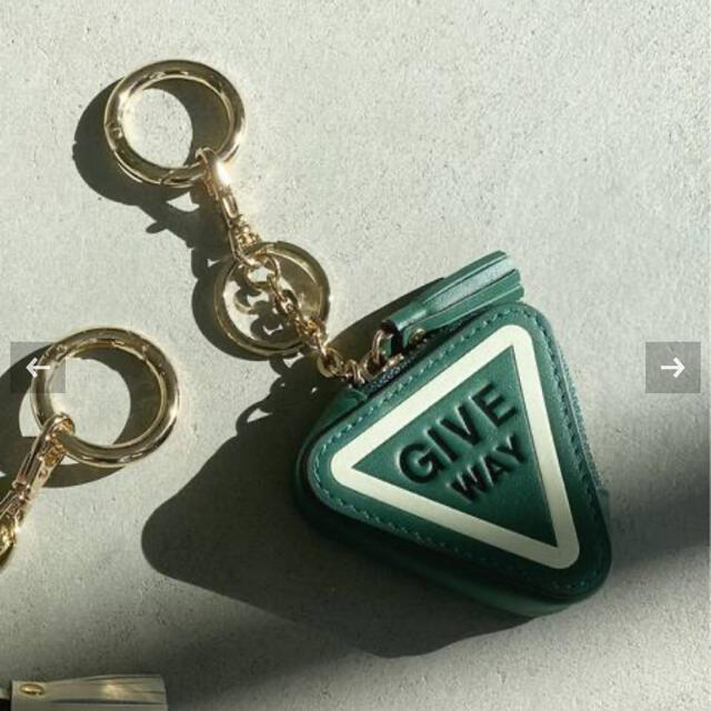 L'Appartement DEUXIEME CLASSE(アパルトモンドゥーズィエムクラス)の【L'Appartement♡GOOD GRIEF Key ring グリーン】 レディースのファッション小物(キーホルダー)の商品写真