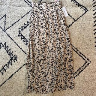 シマムラ(しまむら)の新品タグ付き しまむら 花柄ロングスカート(ロングスカート)