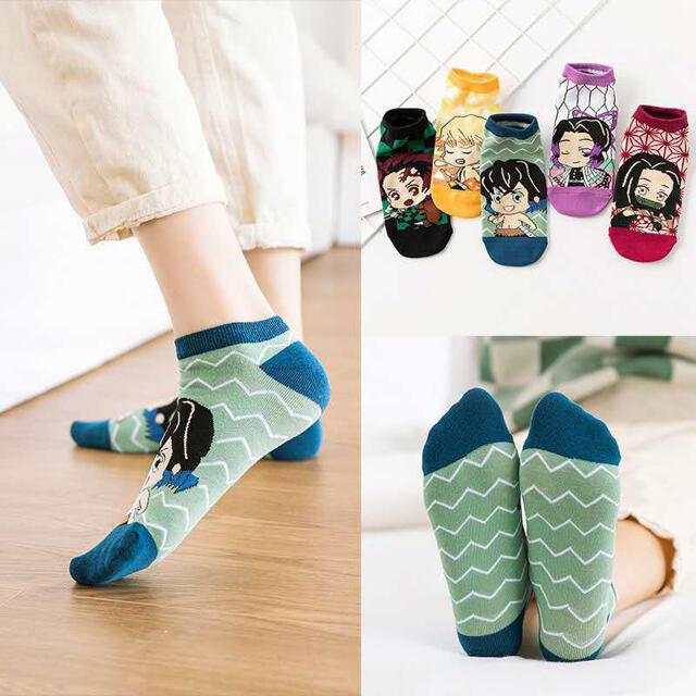 鬼滅の刃19-24cm キッズ/ベビー/マタニティのこども用ファッション小物(靴下/タイツ)の商品写真