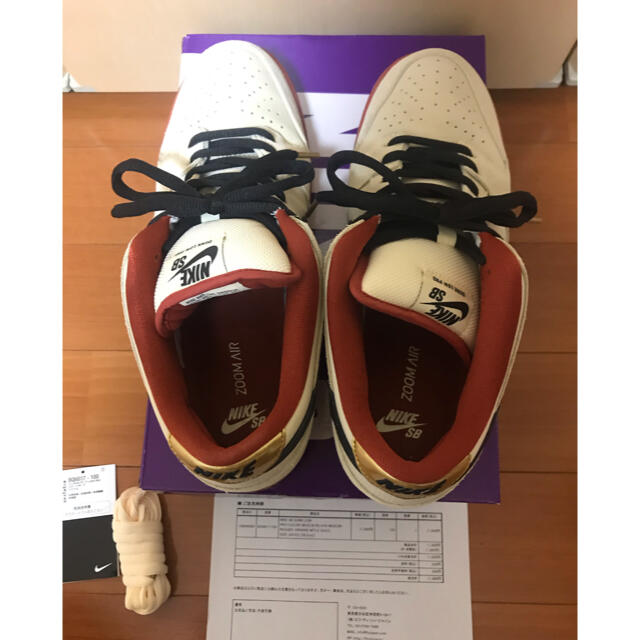 NIKE(ナイキ)の最終値下げ nike sb dunk low muslin 28.5 国内正規品 メンズの靴/シューズ(スニーカー)の商品写真
