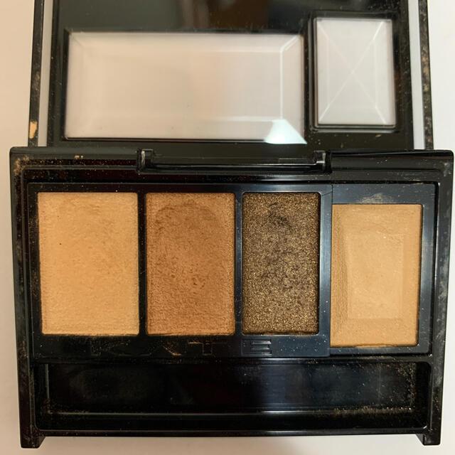 アイシャドウ  コスメ/美容のベースメイク/化粧品(アイシャドウ)の商品写真