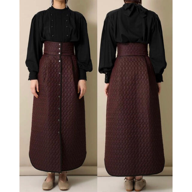 Ameri VINTAGE(アメリヴィンテージ)のFUMIE TANAKA新品38,500円 20A/Wキルティングマキシスカート レディースのスカート(ロングスカート)の商品写真