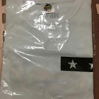ニュース(NEWS)のNEWS Strawberry Tシャツ (アイドルグッズ)