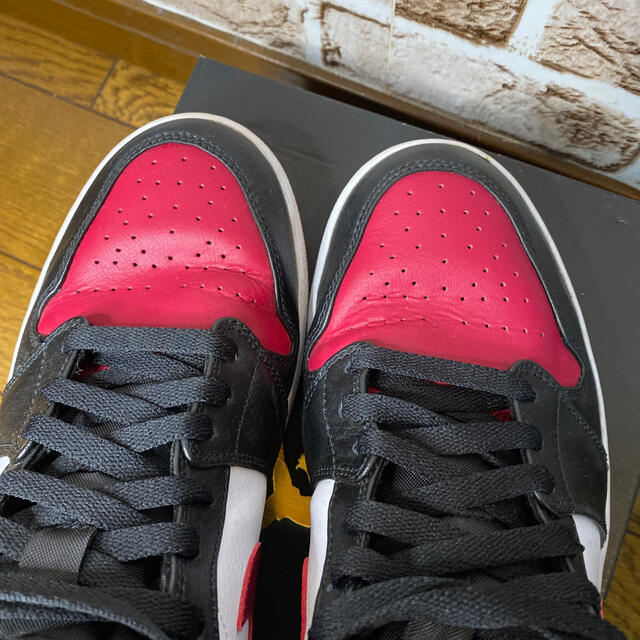 NIKE(ナイキ)のAJ1 Mid  ブラックノーブルレッド メンズの靴/シューズ(スニーカー)の商品写真