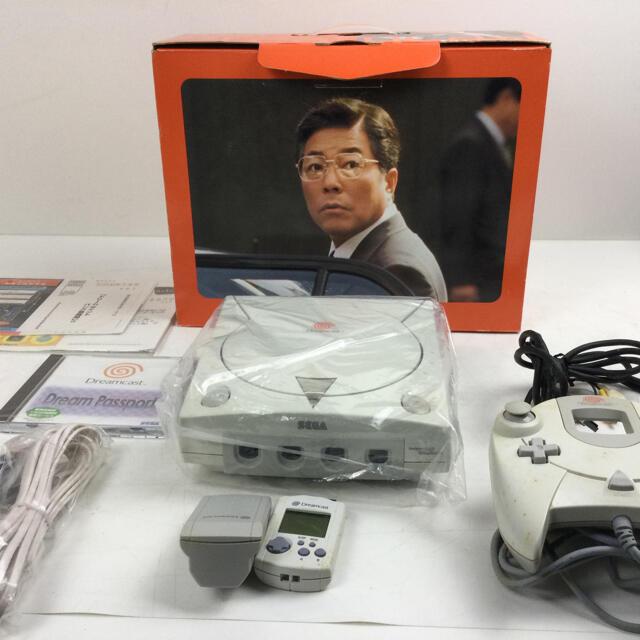 ゲーム機 ドリームキャスト セガ エンタメ/ホビーのゲームソフト/ゲーム機本体(家庭用ゲームソフト)の商品写真