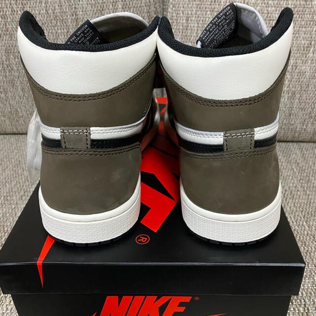 NIKE(ナイキ)の【26.5cm】エア ジョーダン 1 レトロ HIGH OG ダークモカ メンズの靴/シューズ(スニーカー)の商品写真